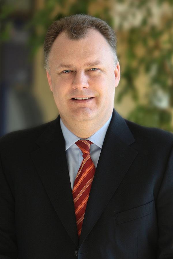 robin saunders ist neuer generaldirektor im hyatt regency
