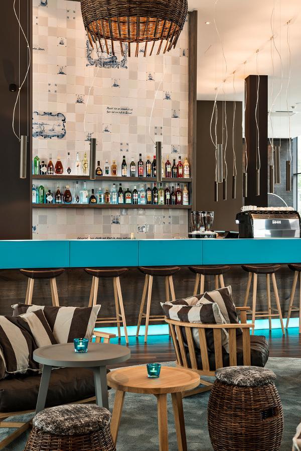 bremen motel one sagt leinen los. Black Bedroom Furniture Sets. Home Design Ideas