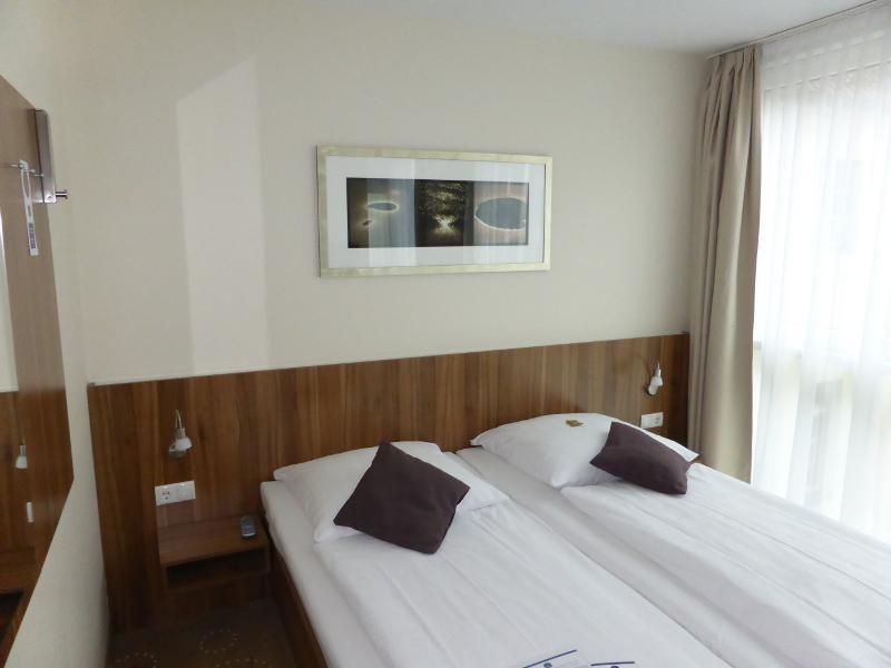 hoteltest best western hotel berlin mitte. Black Bedroom Furniture Sets. Home Design Ideas