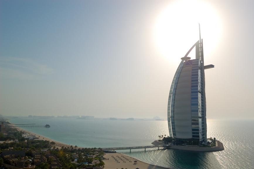 News Aus Dubai 7 Sterne Hotel Mit Neuer Sonnenterrasse Und