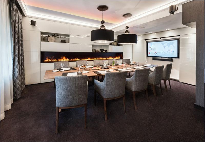 excelsior hotel ernst in k ln erstrahlt neu. Black Bedroom Furniture Sets. Home Design Ideas