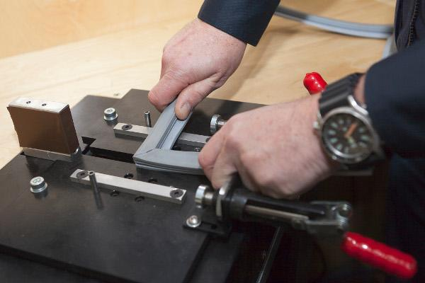 Siemens Kühlschrank Dichtung Wechseln : Kühlschrank dichtung erneuern ersetzen vor ort hotelier.de