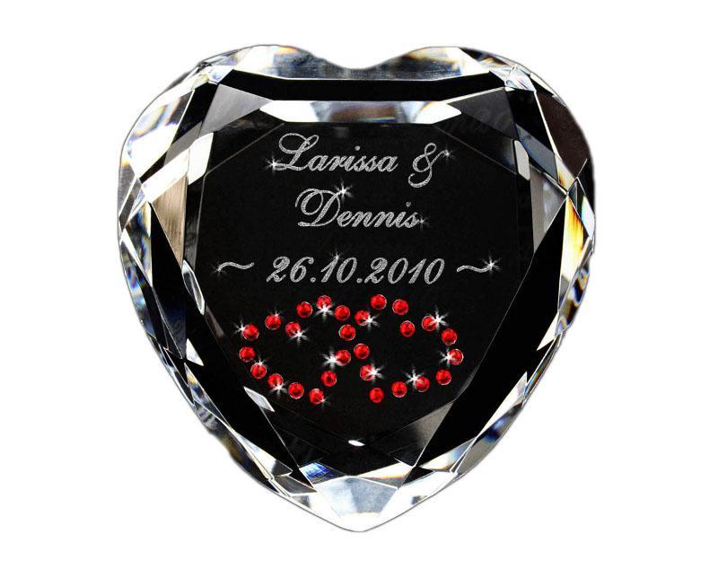 Herz Diamanten Mit Gravur Für Verliebte