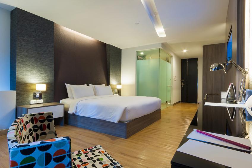 Hotelzimmer einrichten mit stil for Modernes zimmer einrichten