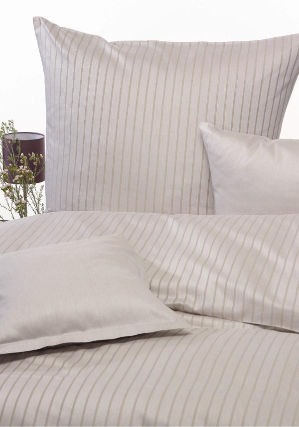 neue bettw sche von w schekrone farbe gibt den ton an. Black Bedroom Furniture Sets. Home Design Ideas