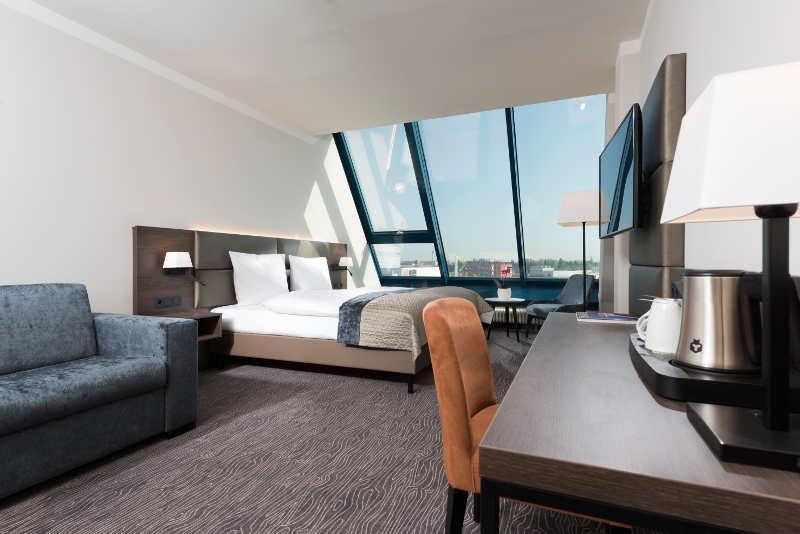 ex hotel pyramide als excelsior n rnberg f rth er ffnet. Black Bedroom Furniture Sets. Home Design Ideas