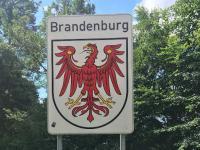 Stolzes Brandenburg Banner am Kleinen Schwaberowsee Juli 2020