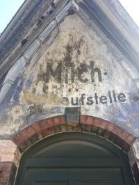 Alte Milch-Verkaufsstelle in Danzig, Aufnahme August 2019; Bildquelle Hotelier.de