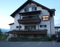 Ein tolles Beispiel für ein gutes Garni Hotel: Das 2 Sterne Superior-Haus Reischenau in Ustersbach / Foto © Sascha Brenning - Hotelier.de