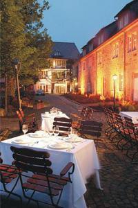 Goebels Schlosshotel, Außen Nacht Schänke; Bildquelle Presseseite www.goebel-hotels.de