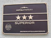 Hotelschild 3 Sterne Superior / Foto © Sascha Brenning - Hotelier.de