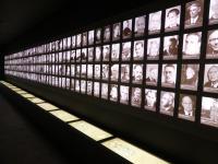 Komplexer können die Gegensätze im Emsland nicht sein: Die Gedenkstätte für die Opfer der Emslandlager in Esterwegen