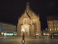 Die Frauenkirche - Männleinlaufen auf dem Hauptmarktplatz / Bildquelle: Beide Sascha Brenning - Hotelier.de