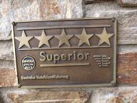 Das 5 Sterne-Superior Schild im InterContinental Berchtesgaden (ab dem 01.05.15 das Kempinski Hotel Berchtesgaden) Bildquelle: Sascha Brenning - Hotelier.de
