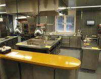 Edelstahl Küchentische im Berliner Luxushotel 'Das Stue' am Tiergarten