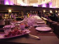 Restauranttisch im Radisson Blu Hotel, Bremen / Bildquelle: Alle Sascha Brenning - Hotelier.de
