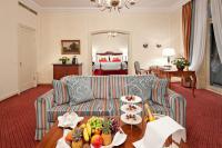 Alle 156 Gästezimmer und Suiten des Hotels wurden von 2008 bis 2010 renoviert und präsentieren sich freundlich, luxuriös und detailfreudig / Bildquelle: AEG Haustechnik und Fairmont