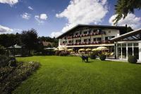 Alpenhof Murnau Gartenansicht