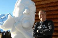 Schneemann des Jahres geht an Stinkefinger / Bildquelle: Arosa Tourismus