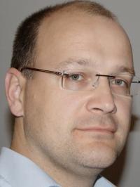 Seit dem 01. Oktober 2010 ist Dr. Dietmar Czekay neuer Leiter Technik  bei BÄRO; Buildquelle Text Konzept PR
