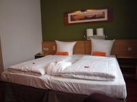 Das Ziel der Begierde: Nach dem Willen vieler Städte sollen die Hoteliers pro Bett und je nach Umsatz 1 - 3 € abdrücken; hier ein Bett im Leonardo Nürnberg, Aufenthaltsort des Teams von Hotelier.de während der HOGA 2013, Bildquelle Sascha Brenning
