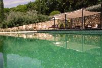 Castello di Vicarello - Pool mit Sitzgelegenheiten