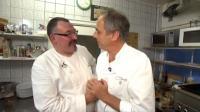 Christian Rach (re.) im Gespräch mit Michael Cox, Bildquell RTL