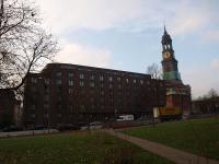 Das Apart'hotel liegt an der Hauptkirche Sankt Michaelis ('Michel' genannt) und der Ludwig-Erhard-Straße