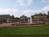 Jetzt wieder ohne 'Kurtaxe' zu genießen: Der Blick auf den Wallpavillon des Dresdner Zwingers / Foto © Sascha Brenning - Hotelier.de