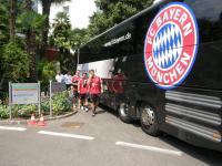 Olic & Co. auf dem Weg zum Training / Bildquelle: FC Bayern München