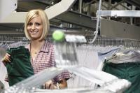"""Arbeitsplatzgerechte Einkleidung der Azubis. Wer seinen betrieblichen """"Nachwuchs"""" entsprechend ausstatten möchte, sollte sich frühzeitig um die passende Berufskleidung kümmern."""
