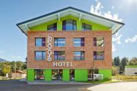 Explorer Hotel Oberstdorf im Sommer / Bildquelle: Beide Explorer Hotels Entwicklungs GmbH