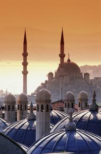 Istanbul - Blick auf die Kuppeln der Moscheen, Bilderquellen FTI-Unternehmenskommunikation