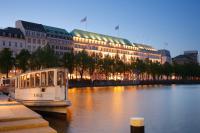 """Gewinner des Location Awards 2012 in der Kategorie """"Eventhotel"""": das Fairmont Hotel Vier Jahreszeiten Hamburg, Quelle: Fairmont Hotel Vier Jahreszeiten Hamburg"""