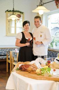 Brigitte und Marcus Krebs vom neuen Flair Hotel Mitglied Landgasthaus Krebs / Bildquelle: Flair Hotel e. V.