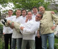 Teilnehmer des Küchenmeisterlehrgangs 2012 im Kräutergarten des GBZ / Foto: GBZ