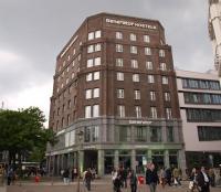 Das ehemalige 'Klockmannhaus', nun Generator Hostel nach der Renovierung in Hamburg am Hauptbahnhof / Bildquelle: Sascha Brenning - Hotelier.de