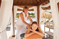 Karibikmassage in der Therme Geinberg Foto: © Therme Geinberg