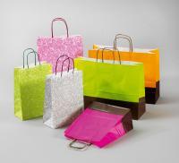 Geschenktaschen mit tollen Motiven und Farben