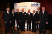 Vorstand und Aufsichtsrat: v. l. Gerald Pütter, Fritz Engelhardt, Lothar Münnich, Waldemar Fretz, Ernst Fischer, Otto Wolter, Hans-Hubert Imhoff und Heinrich Gefken