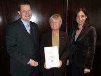 Markus Luthe (Vorsitzender des HOTREC Quality Board), Veronica Boxberg Karlsson (Gründerin des SSQ Award), Anna Torres (Generalsekretärin von HOTREC)