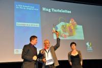 Andreas Hug freut sich über den ICD-Award 2012 / Bildquelle: HUG AG