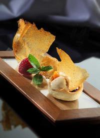 HUG Dessert Tartelette Royal salziges Carameleis / Bildquelle: HUG AG