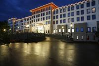 Hotel Port Royal bei Nacht / Bildquelle: Heide Park Resort