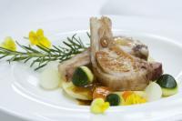 Fleischgericht im Hotel Ansitz Golserhof, gleichzeitig Bildquelle für beide Fotos
