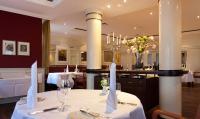 Das Feinschmecker-Restaurant 'Berliner Salon' / Bildquelle: Hotel Hanseatic Rügen & Villen