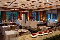 Blick in das Gourmetrestaurant first floor / Bildquelle: Hotel Palace Berlin