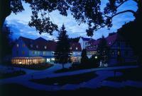 Hotel Schloss Schweinsburg in der Dämmerung