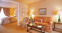 In den insgesamt 72 individuell und mit Liebe zum Detail ausgestatteten Zimmern und Suiten fühlt man sich sofort gut aufgehoben