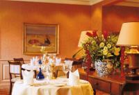 Im hoteleigenen Gourmetrestaurant trumpft Küchenchef Ulrich Person täglich mit leckersten Kompositionen auf